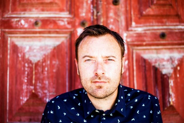 Steve Bird (Newcastle, UK, 1972) é músico, DJ e produtor.