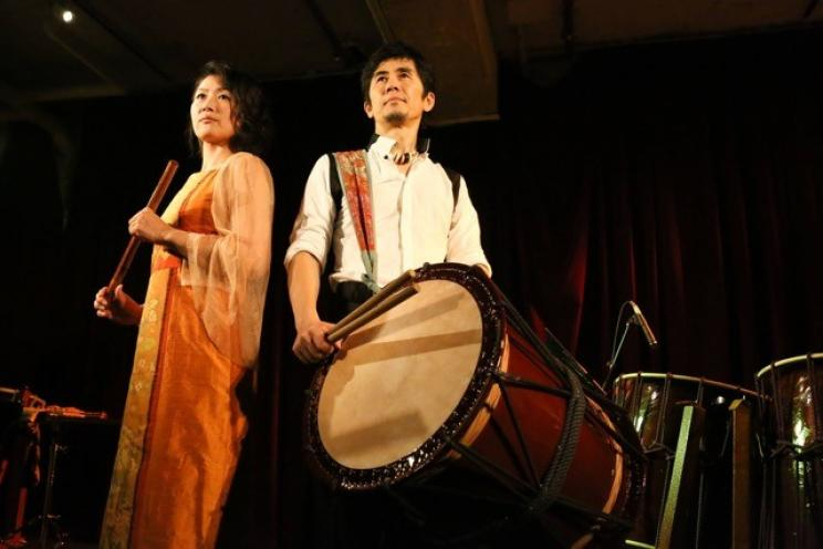 Tetsuro Naito (percussionista) e Tomoko Takeda (flautista)